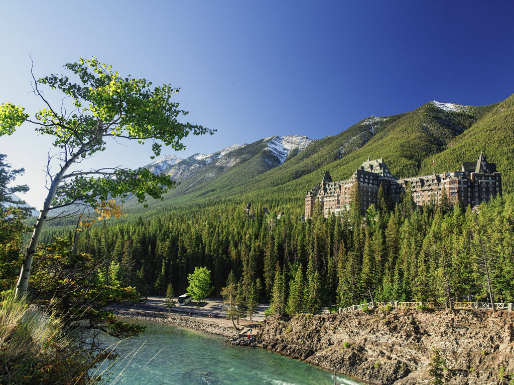 Banff springs hotel and surrounding area