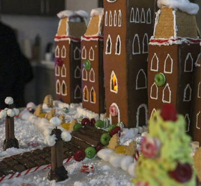 Engineers Canada gingerbread house